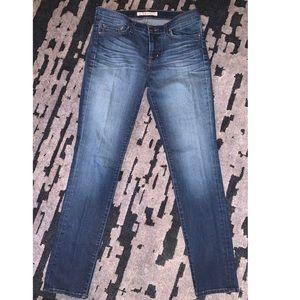 •J Brand• 811 Skinny Jean